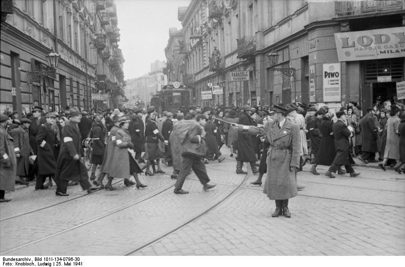 Еврейские гетто: театры, рестораны, кафе, рэкет, нищета, антисанитария…