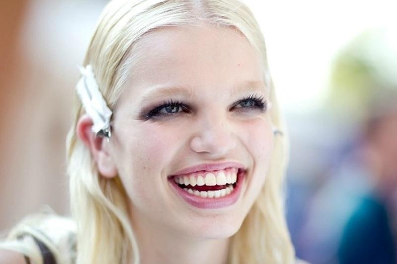 7 самых успешных моделей с необычной внешностью