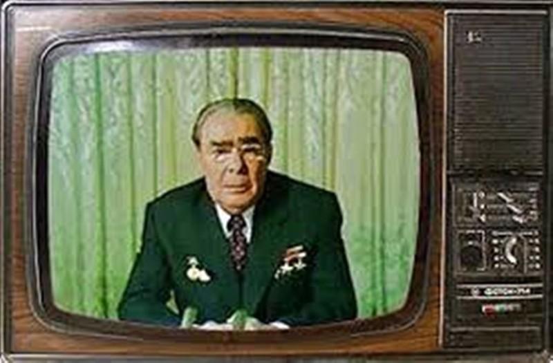 Новогоднее обращение. Как поздравляли народ советские и российские лидеры