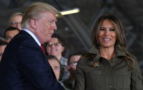 Трамп не умеет жать руку, и последнее его рукопожатие доказывает это