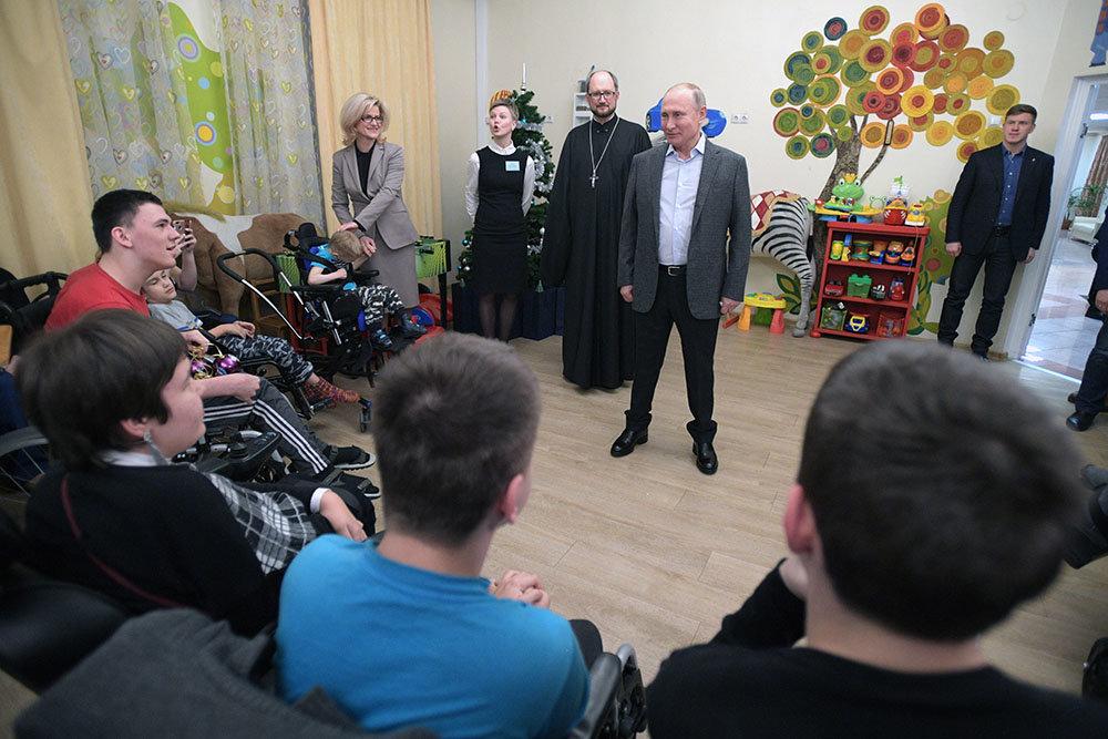 Путин пообещал выделить госсредства на паллиативную помощь