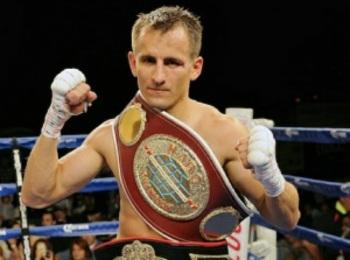 Петров побьётся c Флэнаганом за титул чемпиона мира по версии WBO