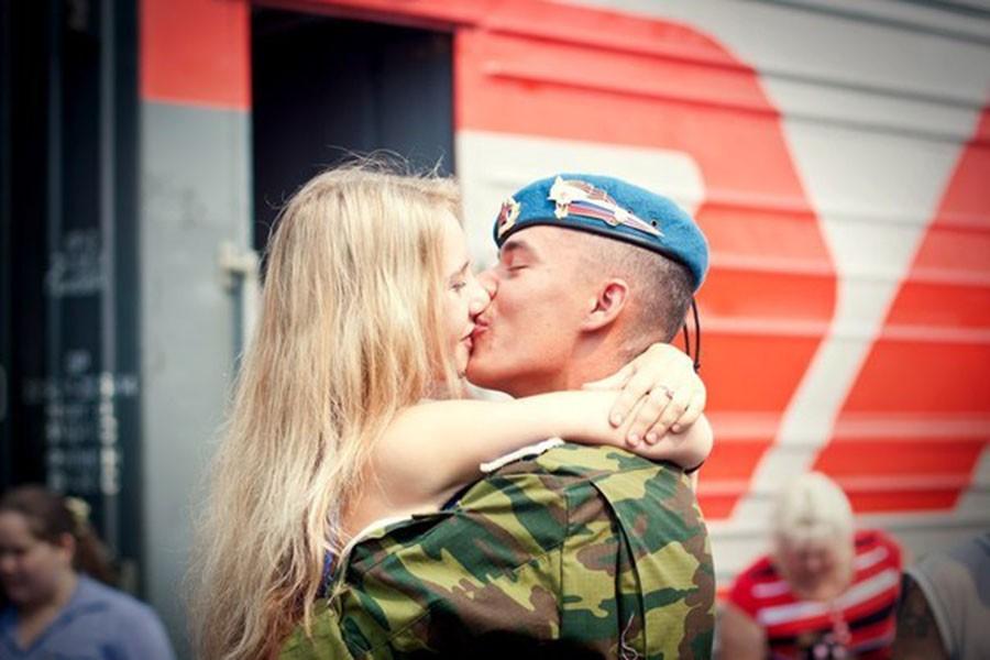 Обнаружил, что жена не дождалась из армии. 20 лет назад