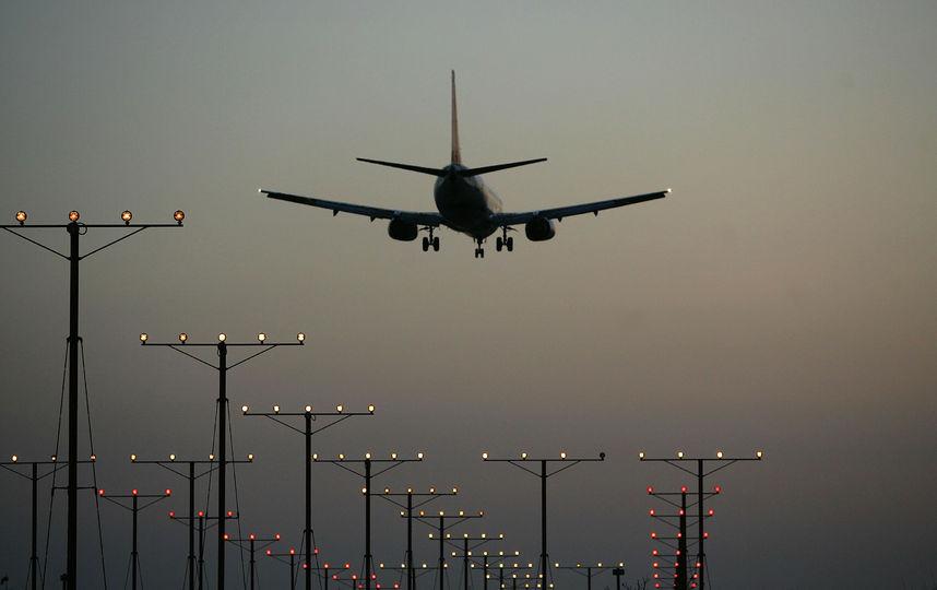Следовавший рейсом Сургут - Москва самолёт предположительно захвачен: первые подробности