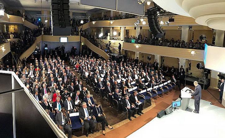 Позор Порошенко в Мюнхене сменился триумфом Лаврова