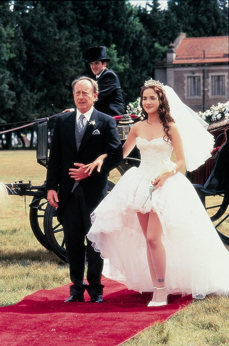 Свадьба в сериале «Дикий ангел»