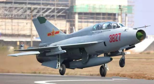 Китай завершил сборку клонов МиГ-21
