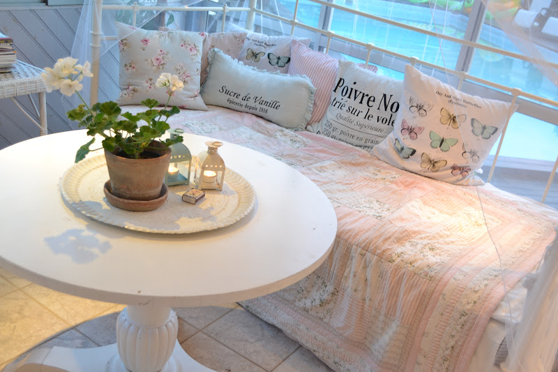 Интерьер загородного дома в Швеции - Vita Paradiset/// Скромненько,но со вкусом =)