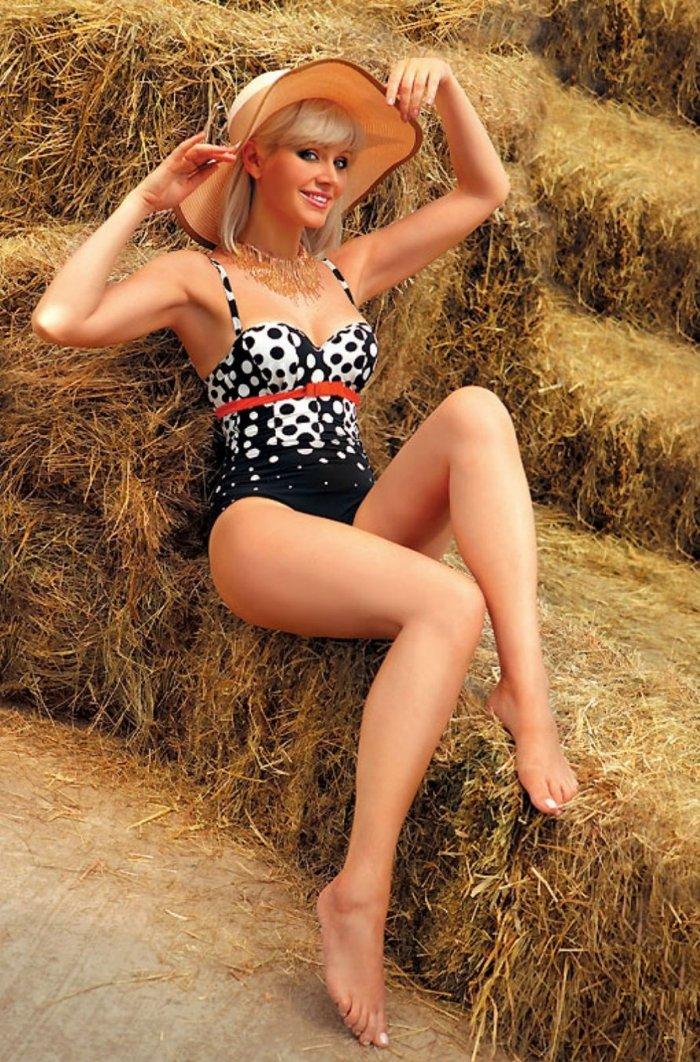 Мега популярная в 90-ых певица Натали во всей своей красе.