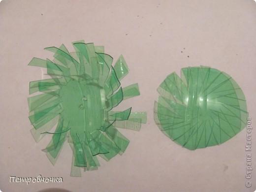 Поделка, изделие Моделирование: МК елочки и шишки из пластиковых бутылок Бутылки пластиковые Новый год. Фото 14