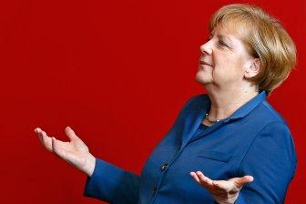 Какую хитрую игру затеяла фрау Меркель?