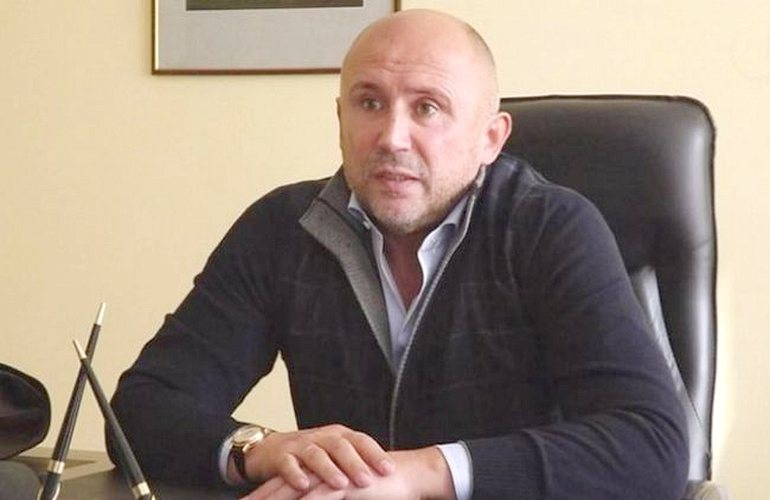 Петр Порошенко начал грабить и похищать граждан США