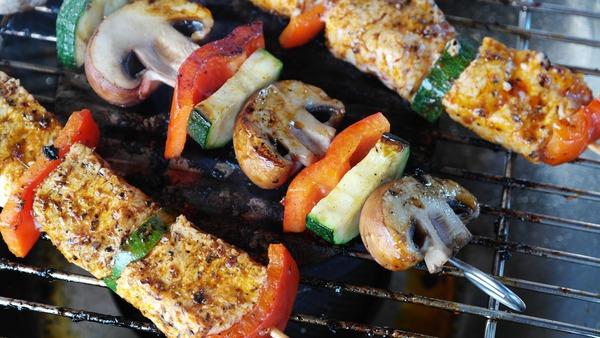 Пикник для вегетарианцев — как приготовить шампиньоны на природе