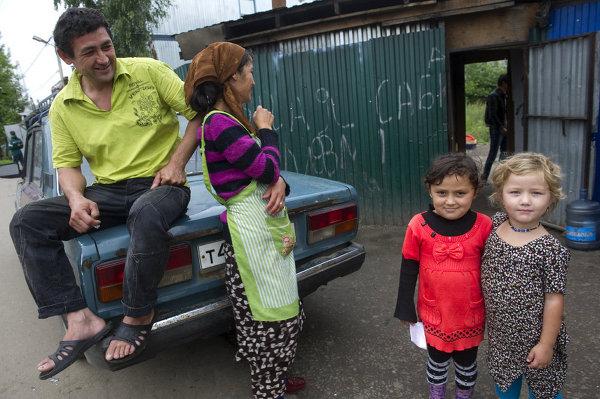В Ломоносовском районе 8-летняя дочь мигрантов объявила себя «шахидкой»
