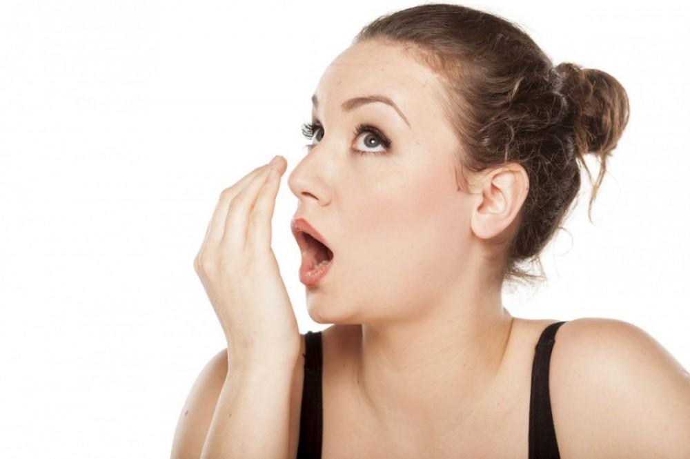 5 лучших средств против запаха изо рта
