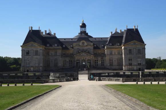 Во- ле- Виконт- предшественник Версаля