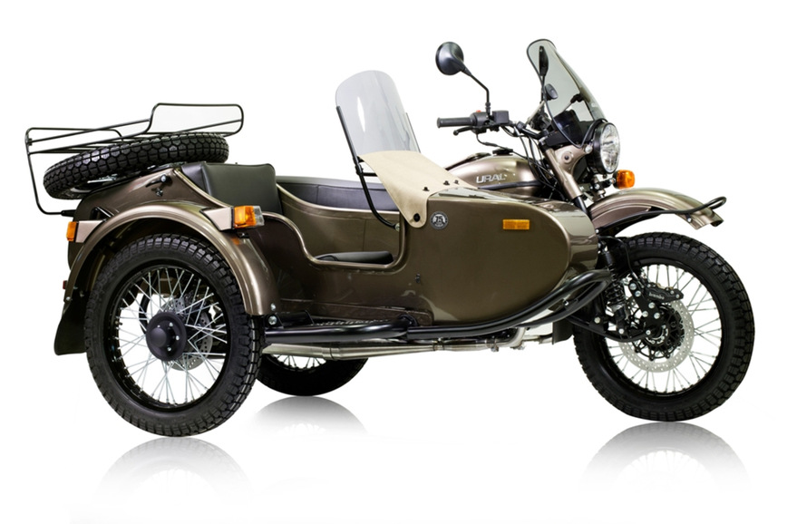 В честь своего юбилея, Урал порадовал поклонников эксклюзивным мотоциклом Ural Ambassador LE