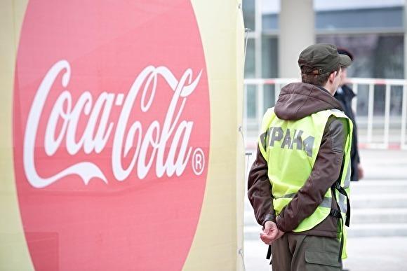 В Госдуме предложили запретить газировку и сладости в школах