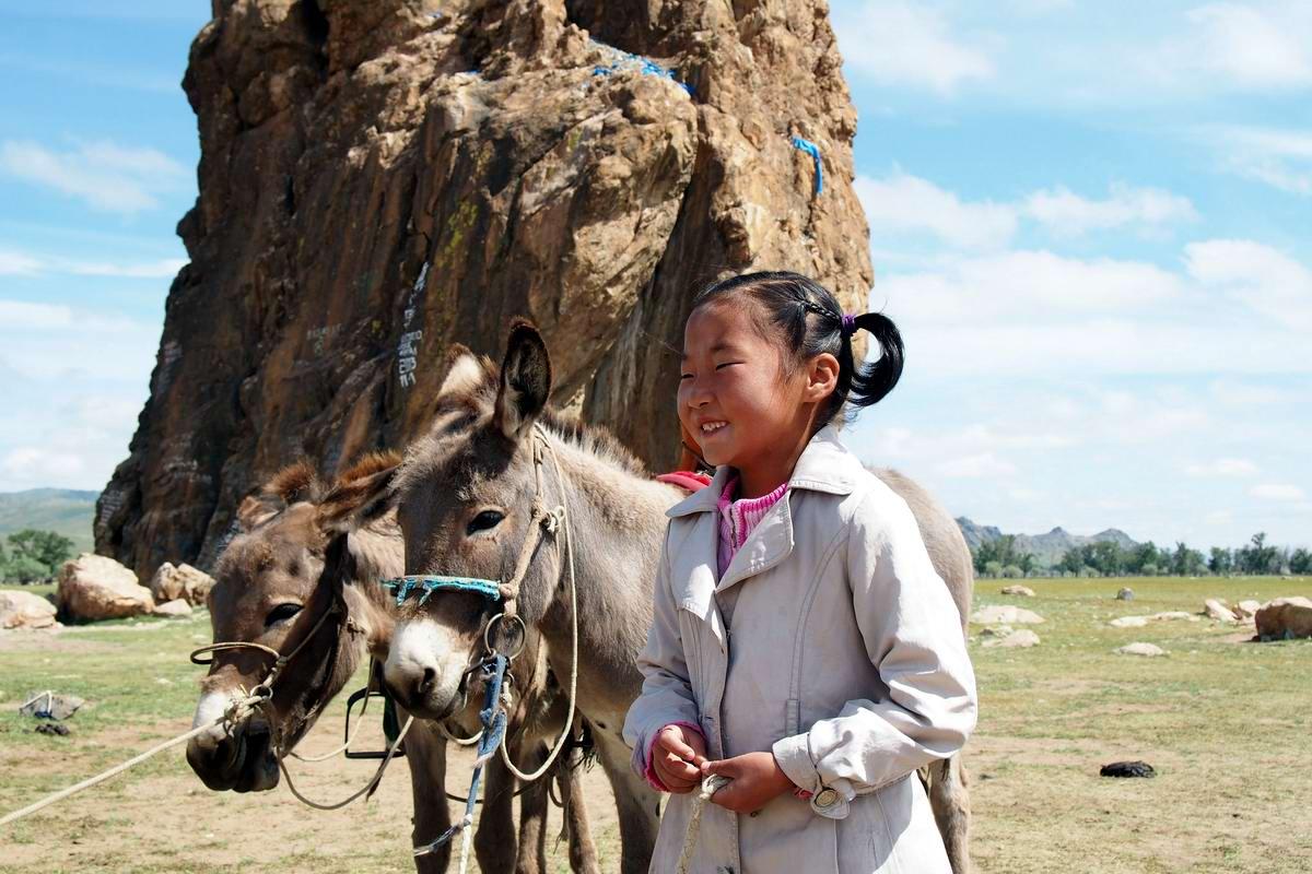 красивые девушки монголии фото