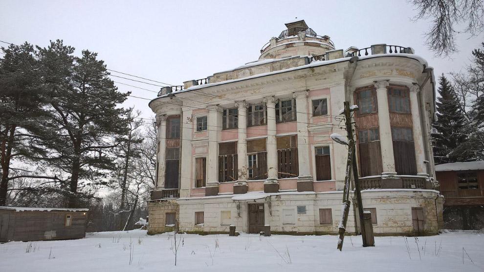 Усадьба Демидовых в Тайцах, Ленинградская область