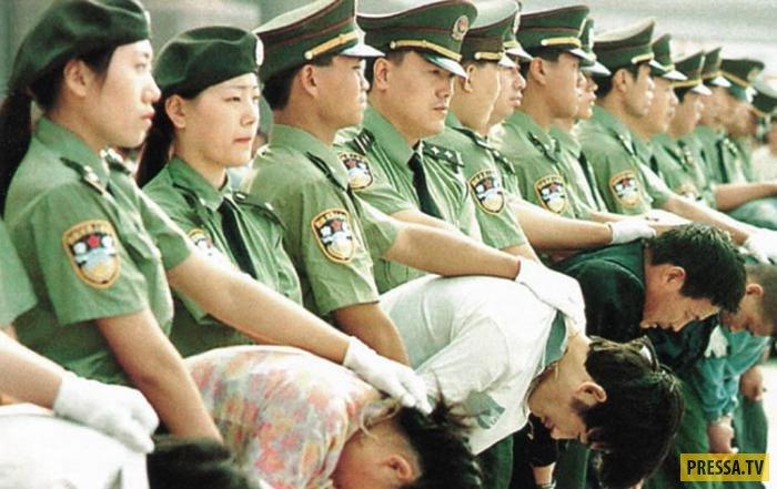 В Китае пригласили пользователей соцсетей на казнь