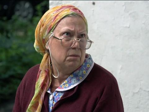 Мать-пенсионерка требует помощи от брошенных детей