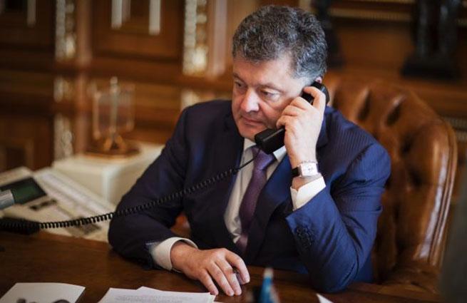 Порошенко поблагодарил США за санкции в отношении России