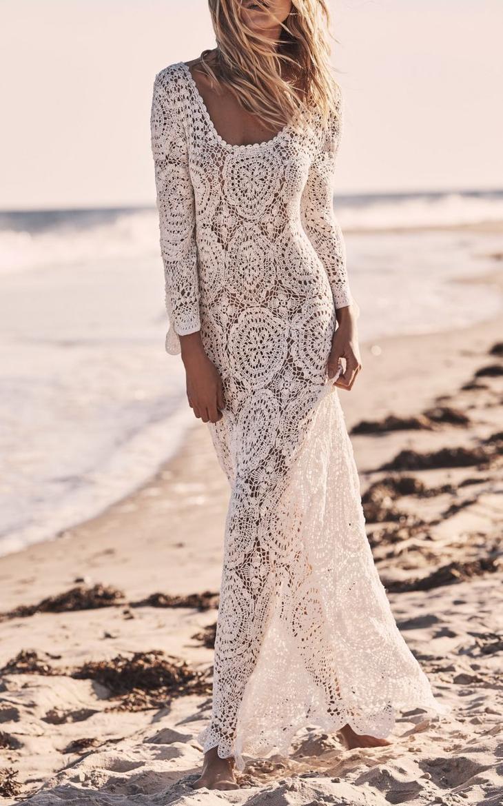 Традиционно модно летом — шикарные длинные и легкие платья 2019