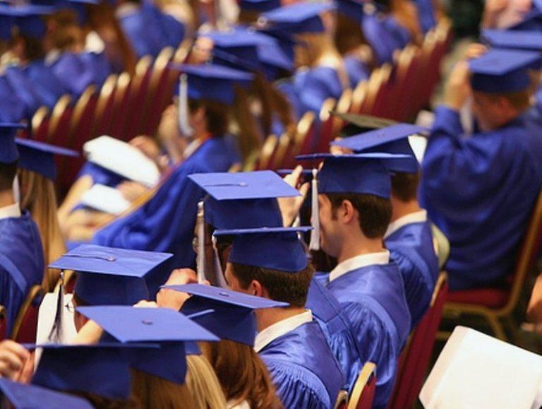 Почему высшее образование обесценилось во всём мире?