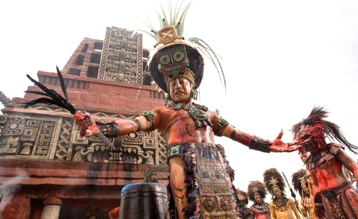 Кровавая жертва: 10 жутких ритуальных обрядов человеческих жертвоприношений у ацтеков. 24 факта об ацтеках, ставших последней из великих индейских цивилизаций (2 статьи)