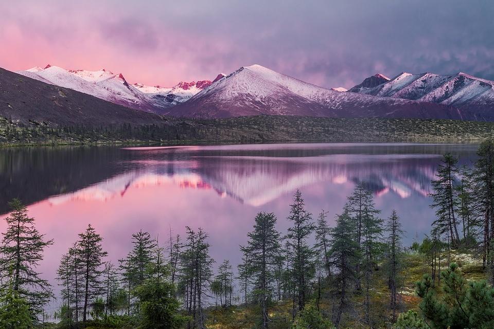 Сумеречное озеро, Якутия в фотографиях Кирилла Уютнова