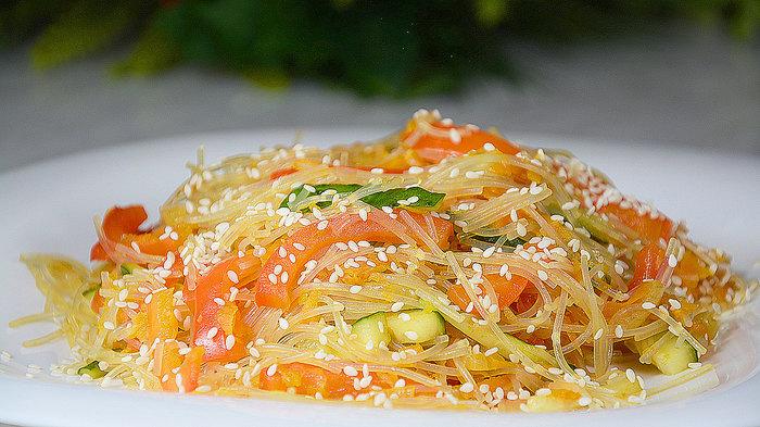 Фунчоза с овощами Фунчоза с овощами, Кулинария, Еда, Видео рецепт, Рецепт, Вкусно, Вегетарианский рецепт, Постный рецепт, Видео, Длиннопост