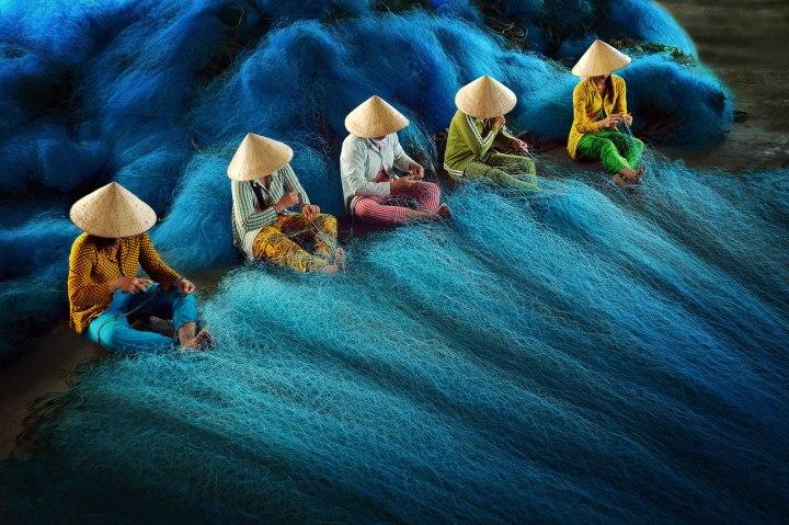 «Штопка сетей», Ли Хоанг Лонг CBRE городская фотография 2014 года