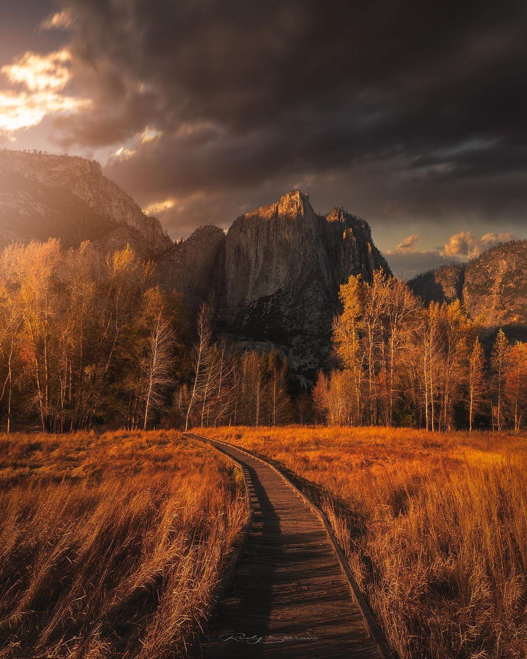 Замечательные пейзажи Руди Серрано