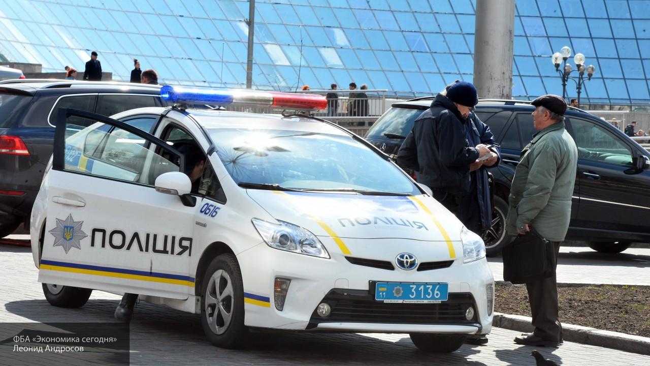 Полиция не пускает россиян на избирательный участок в консульстве в Одессе