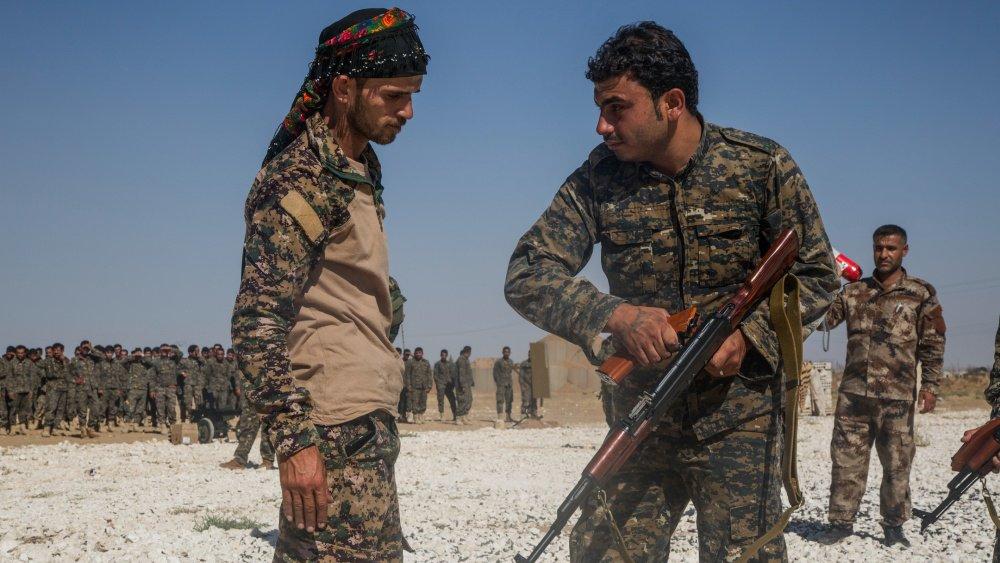 Американцы используют пленных боевиков для захвата нефти и газа Сирии