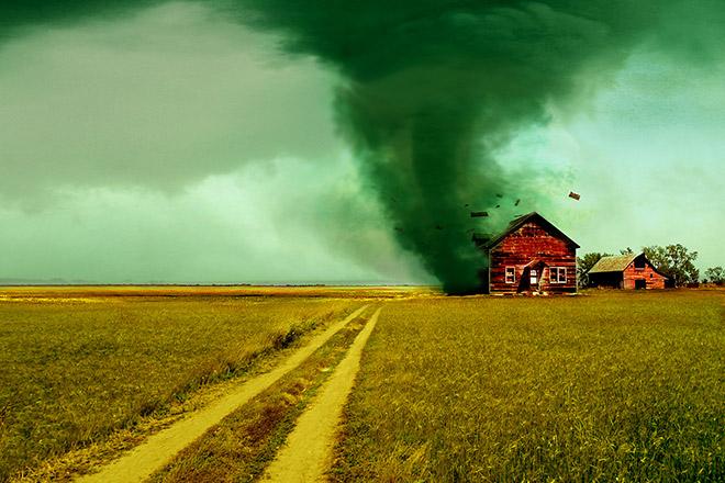 9 любопытных фактов о торнадо, которые вас удивят