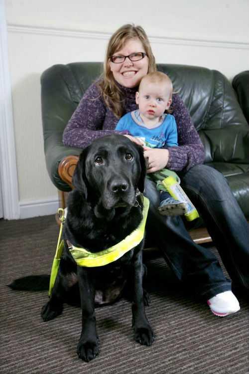 Собака-поводырь спасла жизнь годовалому ребенку