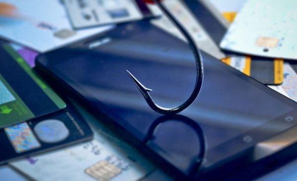 ВРоссии всплеск телефонного мошенничества сбанковскими картами