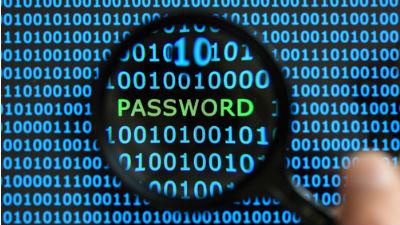 Количество компьютерных атак с целью кражи денег выросло почти на треть