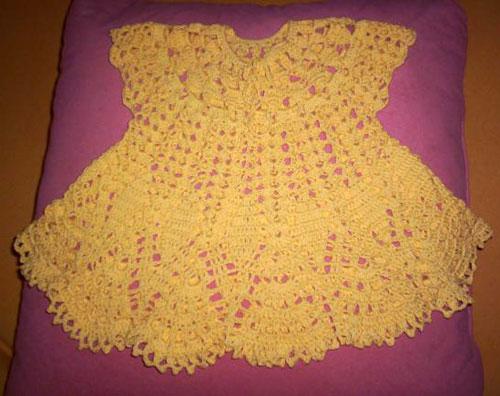 Детское платье на основе салфетки