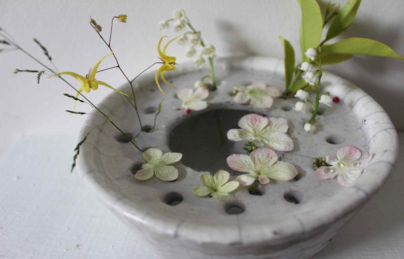 Необычная керамика Сесиль Даладье: мини-сад в вазочке