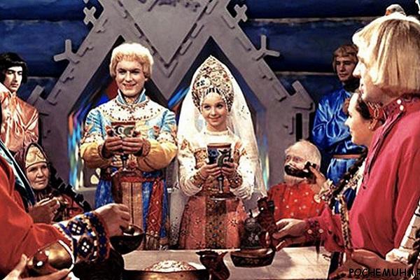 7 лучших алкогольных напитков Древней Руси, которые незаслуженно забыли