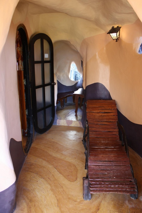 Сказочный дом-гостиница