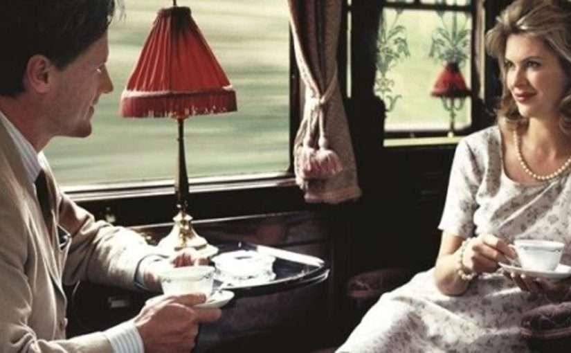 «Она сидела у окна, а он вошел в ее вагон»