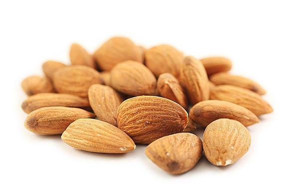 nuts04 Полезные орехи и их свойства