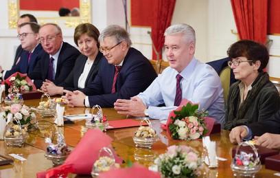 Собянин вручил награды Москвы преподавателям Высшей школы экономики