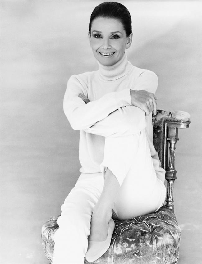 Пост обожания Одри Хепберн