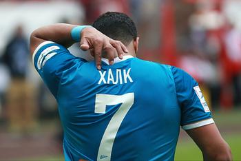 Бразильский нападающий Халк ввязался в драку на футбольном поле