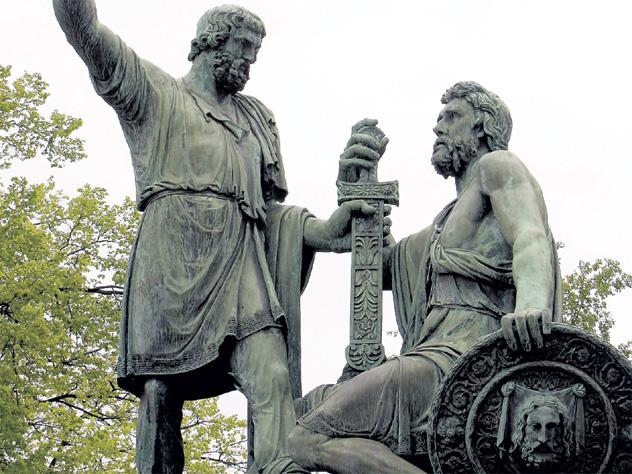 Когда уберут памятник Минину и Пожарскому с Красной площади